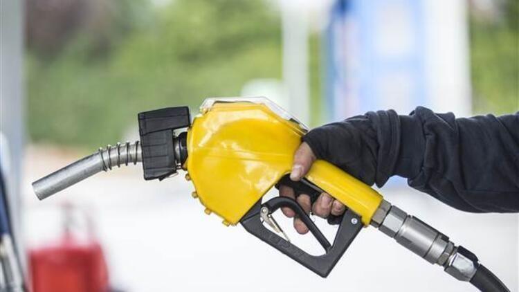 """""""Aİ-92 markalı benzin avtomobilin motorunu sıradan çıxarır"""""""
