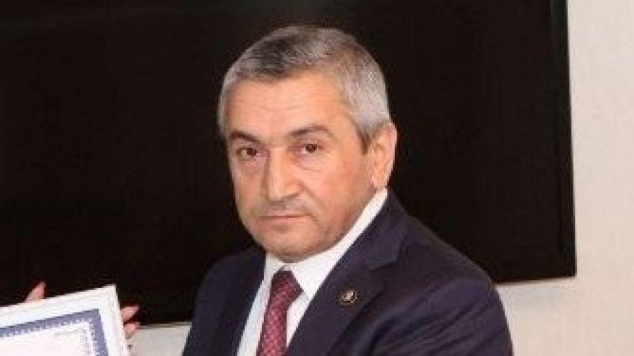 Eldar Əzizovdan Adil Vəliyevə İRAD