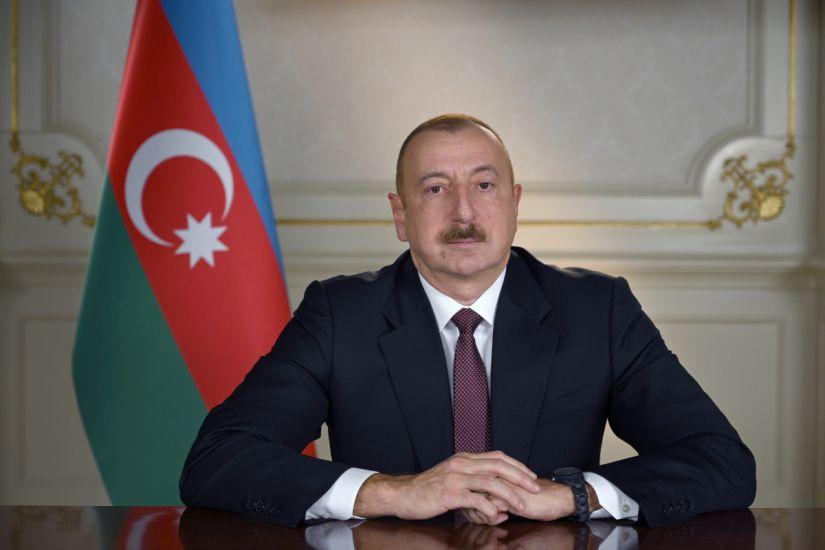 Prezident şəhid jurnalistlərin ailələrinə mənzil verdi